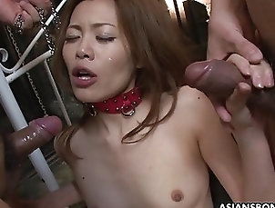 Yui Tachiki is having a blast while sucking and fu